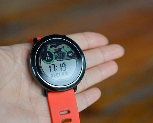 2017来点特别的 华米手表开启表盘新模式