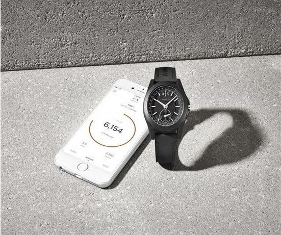 Armani Exchange Connected智能手表