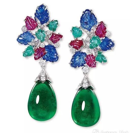 Lot 1093 总重35.31克拉天然赞比亚艳绿色祖母绿配红宝石、蓝宝石、祖母绿及钻石耳环